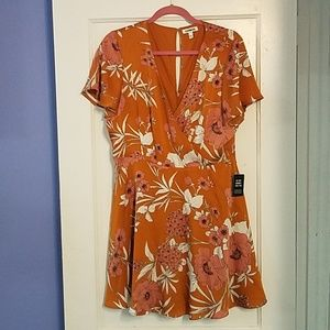 Express Floral print orange dress size 14.